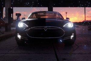 Even Teslas Get Stuck in Traffic